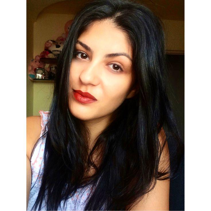 No make-up make-up & red lips