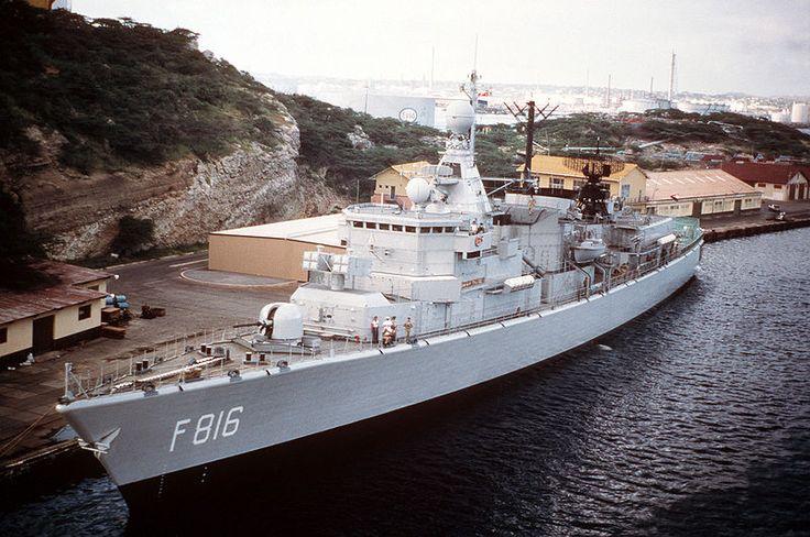 The Hr. Ms. Abraham Crijnssen (F-816) in 1985