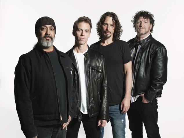 Soundgarden has released 'King Animal.' Grunge/metal pioneers return in fine form with an exhilarating CD that reclaims '90s territory...