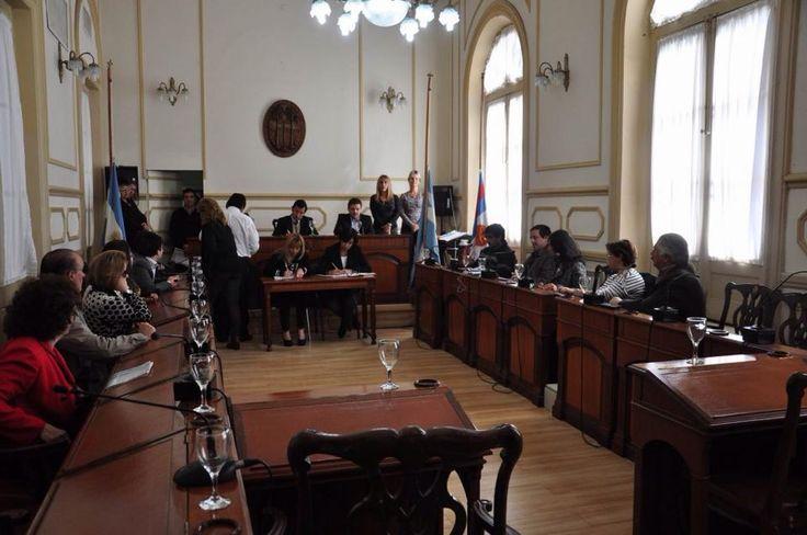 """LAS FRASES DE LORENZZETI """" profecía cumplida en la Ciudad de Corrientes """" LA JUSTICIA NO ESTÁ PARA SUPLIR AL EJECUTIVO PERO SI PARA PONERLE LÍMITE """" """" se aplicó en la Ciudad capital . Justicia Electoral volvió a frenar convocatoria del Concejo para el 5J El FPV votó por la mañana la ratificación del llamado a comicios municipales en coincidencia con los provinciales"""
