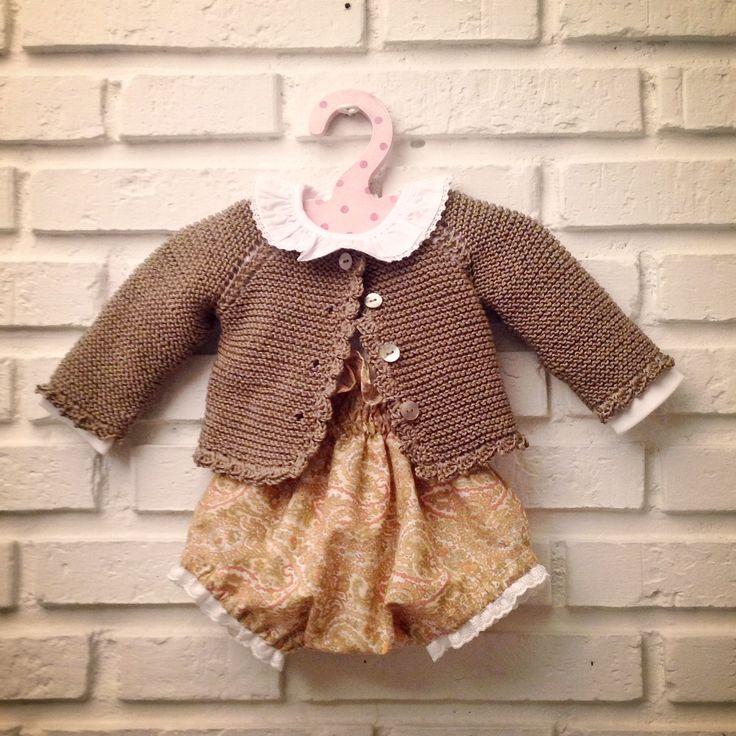 Pelote de laine Culotte y chaqueta para bebe