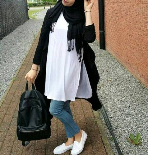long white tunic hijab- How to wear long tunic with hijab http://www.justtrendygirls.com/how-to-wear-long-tunic-with-hijab/