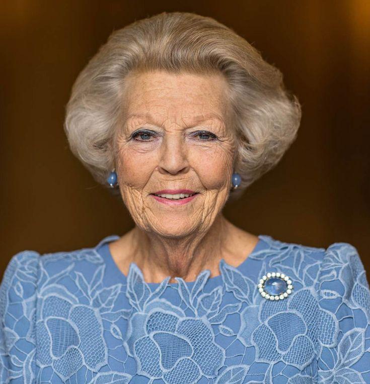 Beatriz de Holanda celebra su 80º cumpleaños con las nuevas generaciones: Quién es quién en la divertida foto