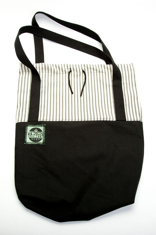 the Smartbag (B&W striped) by Young Ghosts