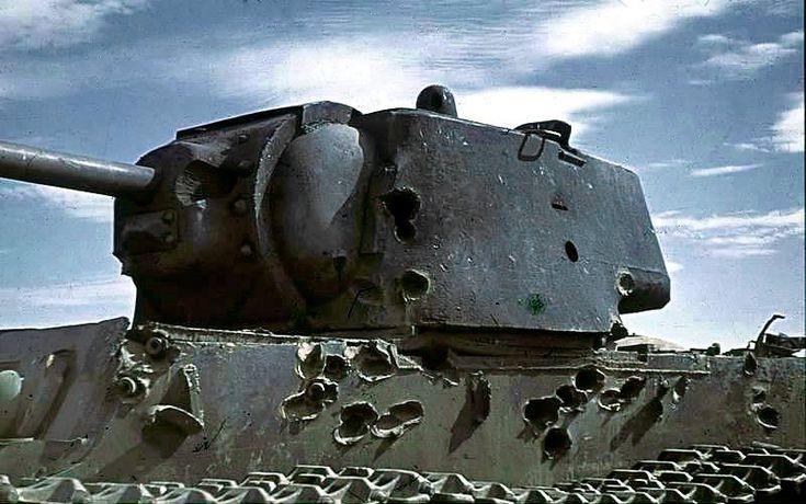повреждения от снарядов КВ-1 (KV-1)