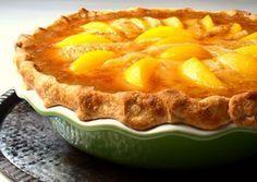 Plăcinta cu piersici este o rețetă specifică verii, un desert minunat, care vă va cuceri încă de la prima îmbucătură.