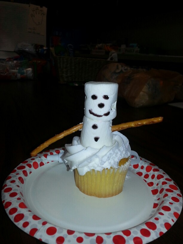 First Christmas party craft idea that the kids can eat :-)