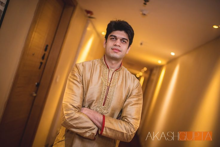 Strongly by Akash Gupta Photography, Kolkata  #weddingnet #wedding #india #kolkatawedding #indian #indianwedding #weddingphotographer #candidphotographer #weddingdresses #mehendi #ceremony #realwedding #lehenga #lehengacholi #choli #lehengawedding #lehengasaree #saree #bridalsaree #weddingsaree #indianweddingoutfits #outfits #backdrops  #bridesmaids #prewedding #photoshoot #photoset #details #sweet #cute #gorgeous #fabulous #jewels #rings #tikka #earrings #sets #lehnga #love #inspiration