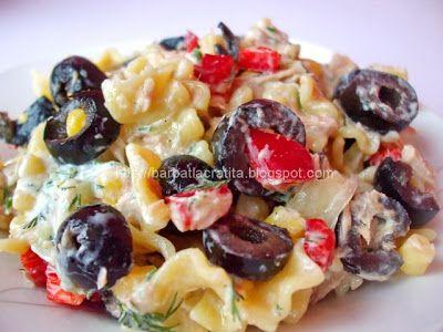 Salata de paste cu ton si Tzatziki