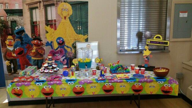Ahmir's cake table