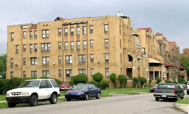 Apartments Tips Before Buying An Apartment: Tips Before Buying An Apartment  Palmer Park Apartment Building