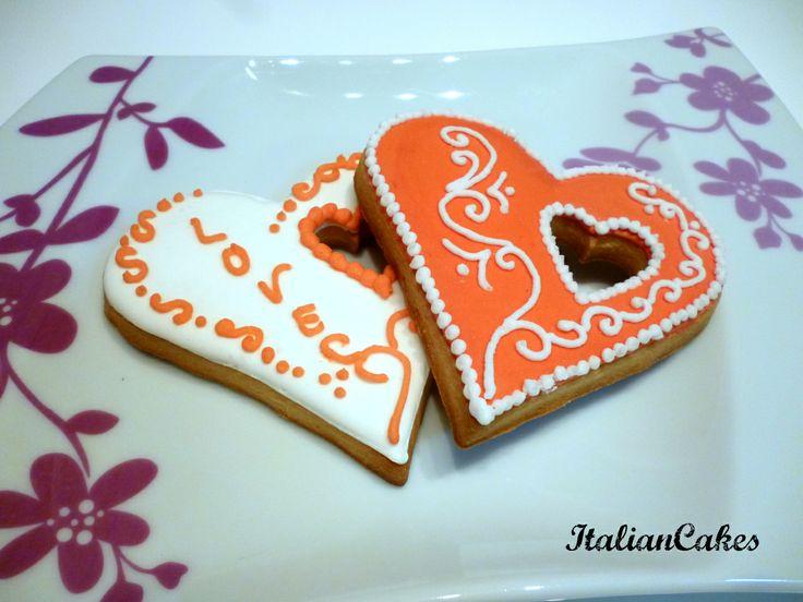 Biscotti di San Valentino in ghiaccia reale by ItalianCakes.