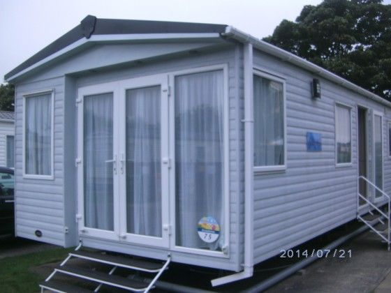 4 Berth luxury caravan to rent, just a short stroll from the beach at Caister Holiday Park, Caister on Sea, Norfolk