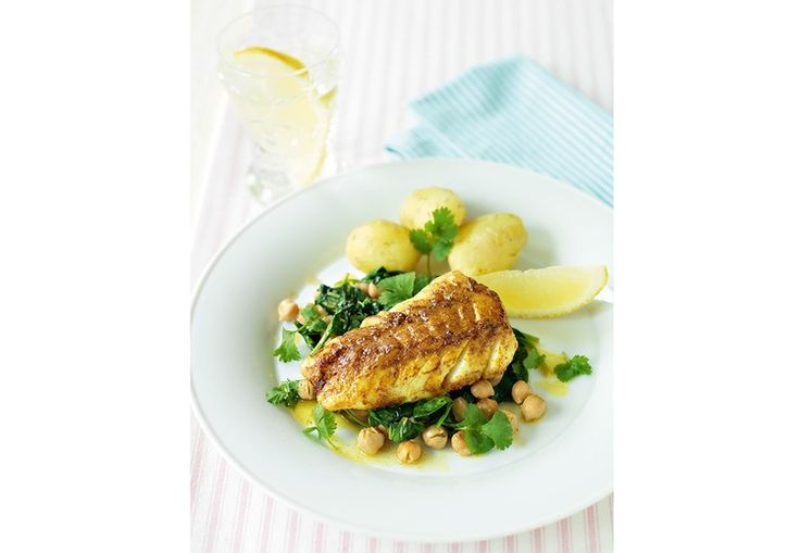 -Karristekt Torsk med sitronstekte Kikerter-  Curried Cod with lemony Chickpeas and Spinach