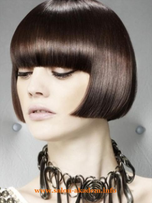 Стрижка боб на пышные волосы фото #Фото  http://www.salon-akadem.info/strizhka-bob-na-pyshnye-volosy-foto.php