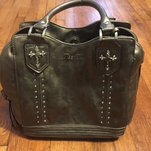 Miss Me Purse Like new Miss Me Purse. Used a few times. Miss Me Bags Shoulder Bags