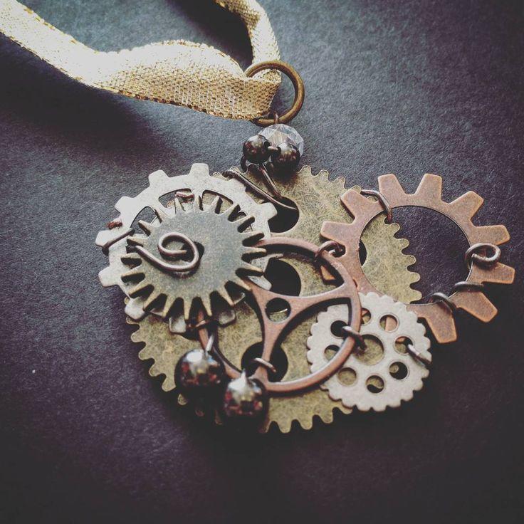 It's almost Friday, guys! Got any plans? Papercranest.com  #steampunkstyle #steampunk #style #handmade #handmadejewelry #jewelry #necklace #brass #bronze #gears #plans #Friday #weekend #tgif #pendant #art #awesome #industrial #flint #michigan #clocks  #handmadeisbetter #makersgonnamake #makesomething #makersmovement #craftsposure #creativityfound #smallbiz