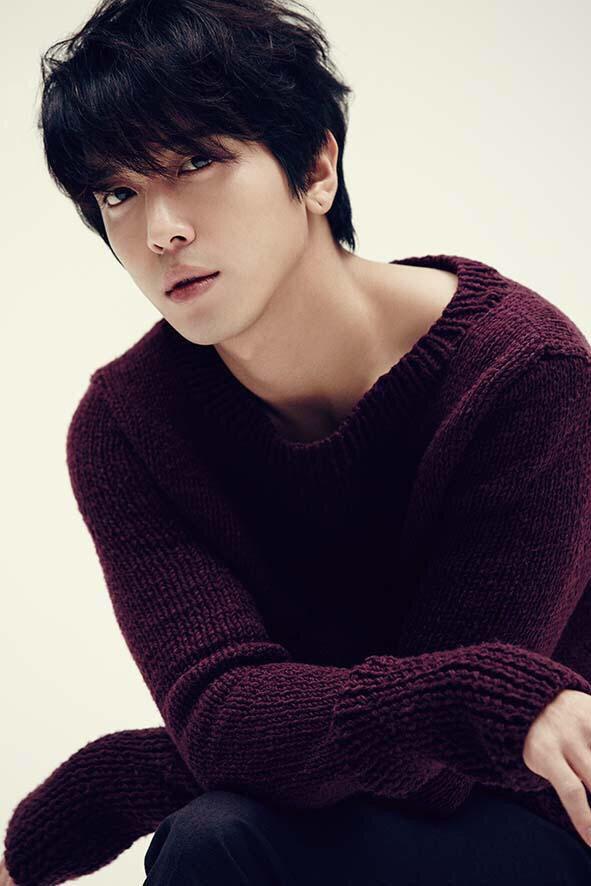 Jung Yong Hwa..