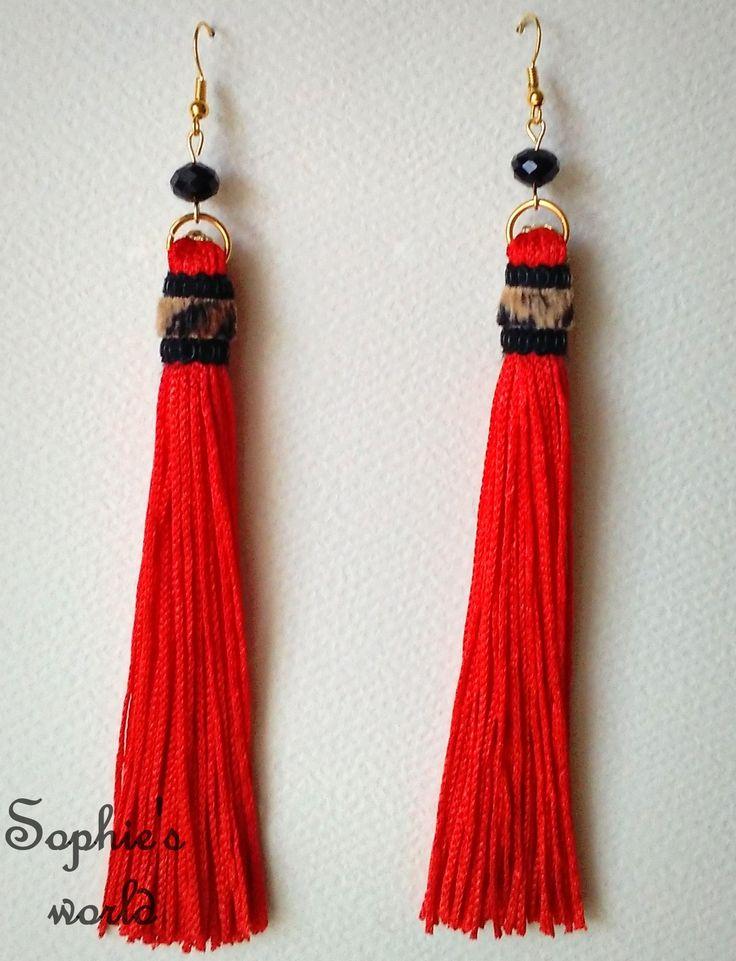 #tassel #earrings #handmade σκουλαρίκια φουντίτσες κόκκινο με λεοπάρ λεπτομέρεια https://www.facebook.com/SophiesworldHandmade/