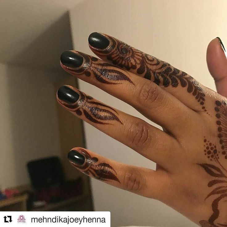 #follow@hennafamily #hennafamily  #Repost @mehndikajoeyhenna  This amazing stain isn't even 24 hours old. Natural henna. boom. This pic is a bit rubbish so it might self destruct! #hennastain