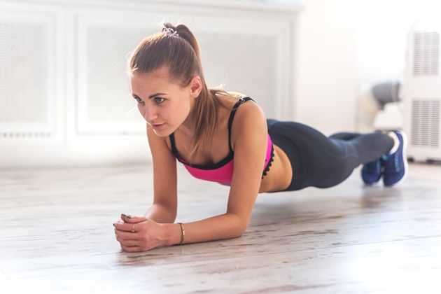 21 Incredibly Effective Abs Exercises You Can Do Instead Of Crunches | Brides.com