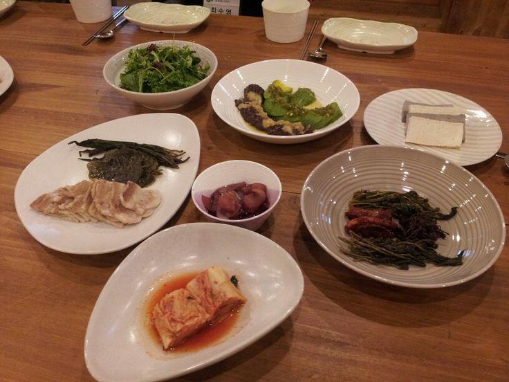자연밥상. 엄나무순 장아찌,사과 장아찌. 효소 배우기!!