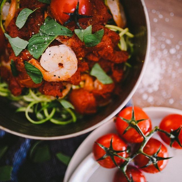 Got a craving for pasta? Brand new recipe for grainfree Prawn Pasta  The secret ingredient... Zucchini! ❤️