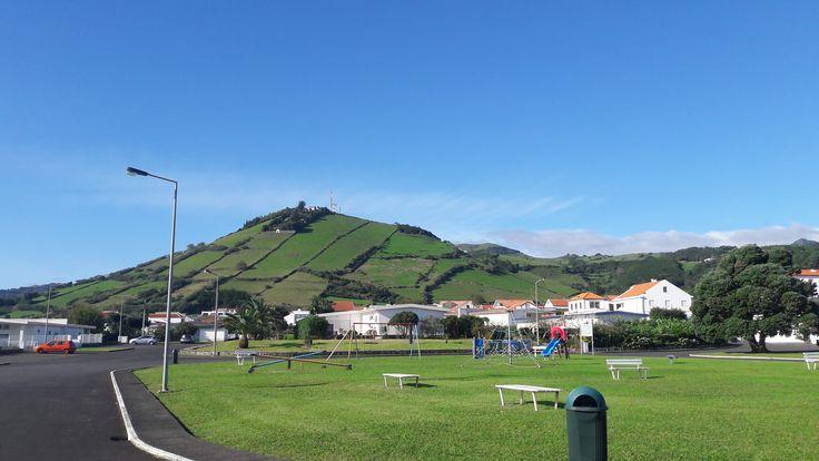 Apresentação da plataforma REDA à Escola Básica e Secundária da ilha das Flores (21 de outubro de 2016).
