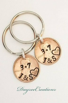 Personalized Penny Keychain, Anniversary Gift for Couples. Also makes for a sentimental Valentine's Day Gift. Many styles to choose from. #giftforboyf…