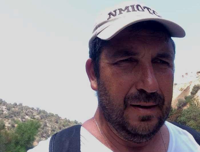 O πιλότος που έκανε τάμα και ανάβει όλα τα καντήλια της εθνικής οδού Ηρακλείου- Χανίων! (pics)