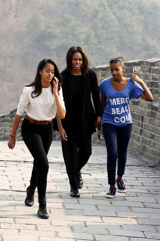 Malia Obama , Michelle Obama and Sasha Obama at the Great Wall of China ~ 2014