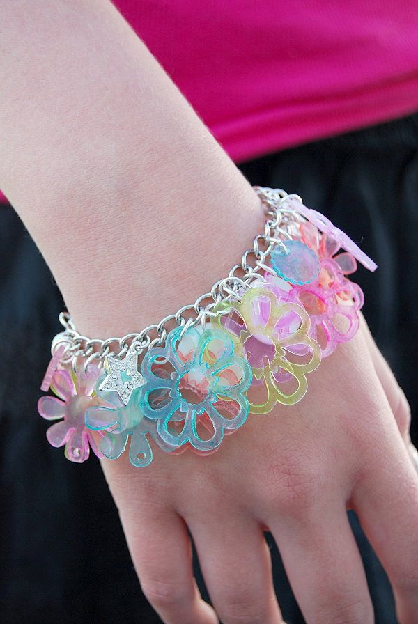 Cute bracelet made from shrink film and a cricut machine.