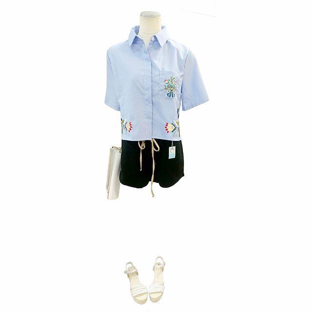 autumn sky in the late summer outfit with black & stripe.    #ファッション #コーディネート #セレクトショップ #ショッピング #長野県 #諏訪郡 #岡谷市 #刺繍 #ショート丈 #ピンストライプ  #シャツ #ハイウエスト #ショートパンツ #fashion #coordinate #ootd #outfit #black #blue #backlane  #stripe #shirt #shorts #大人カワイイ #青 #黒 #ブラック