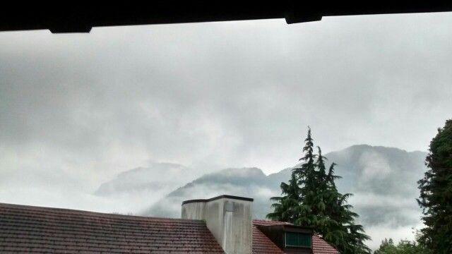 Rainy clouds fron Interlaken West :: Vidya