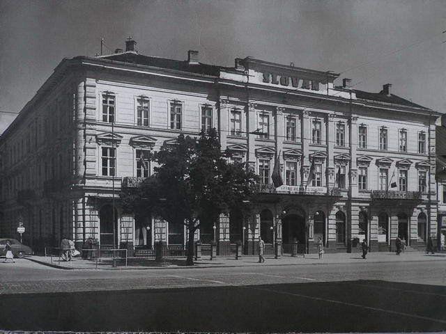 04 Slovan