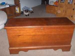 53 Best Cedar Chest Images On Pinterest Amish Furniture