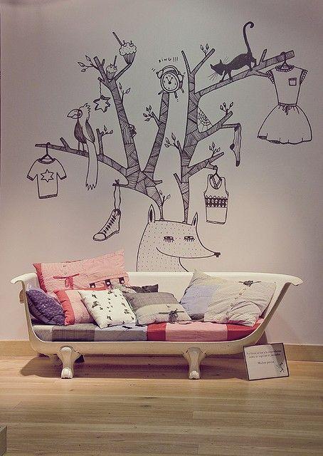 Recraft de bañera a sofá Más ideas en el post http://quieretebien.com/actualidad/%1Bdecoraci%C3%B3n/nuevas-ideas-viejos-materiales #decoración #reciclar #reutilizar