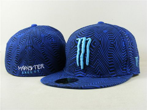 MONSTER Fitted hat 038