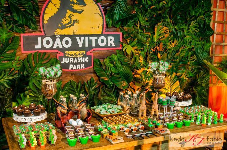 Ideia para a festa de aniversário das crianças, com o tema de dinossauros.   #Dinossauros #FestadeAniversário #Crianças