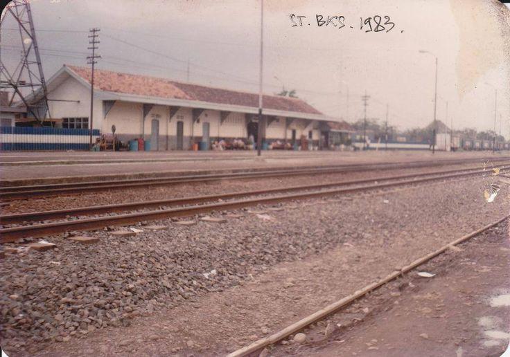 Stasiun Bekasi tahun 1983