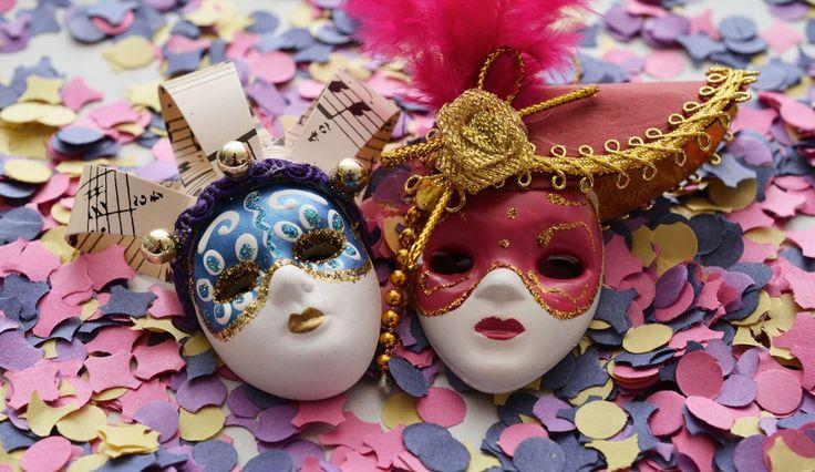 http://www.disfrazzes.com/blog/como-celebrar-un-carnaval-veneciano-en-casa/