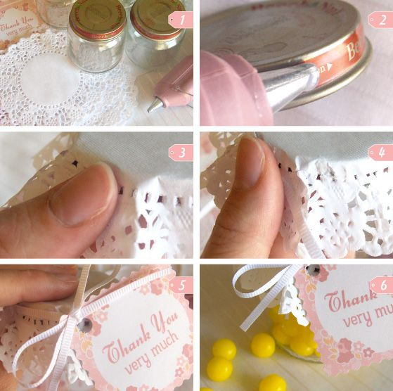 Baby Shower favors using baby food jars and small white dollies. Fill