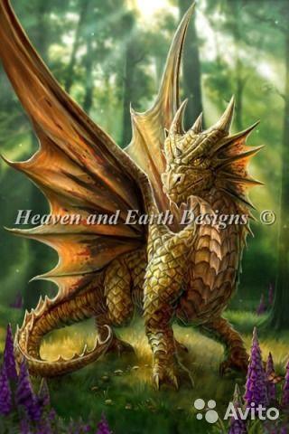 """Оригинальная огромная картина сделанная Вашими руками, что может быть лучше для подарка или украшения собственной комнаты, гостиной или холла.""""Лесной Дракон"""" - размер 100 см * 150 см 90 цветов. Полная выкладка кристаллами, схема ч/б. Цена за набор 14000 руб.  #вышивка #алмаз #крестик #мозаика #вышивкакрестом #картина #стразы #дракон #панно"""