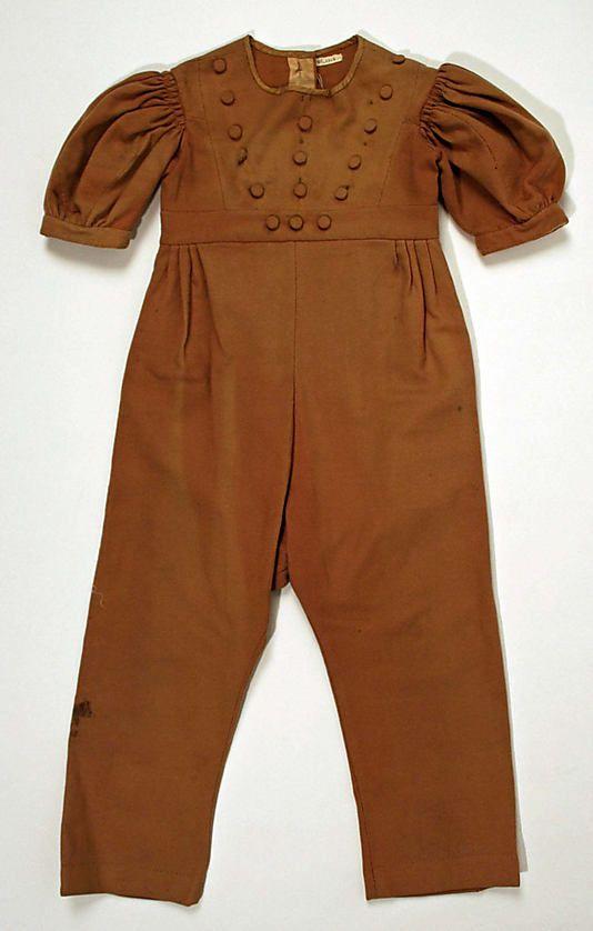 Little boy's brown wool suit, American, 1833-1835. Via MMA.