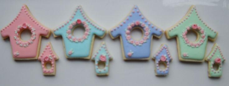 Galletas decoradas,cupcakes,cakes pop,para una mesa de Agustina Gallesio