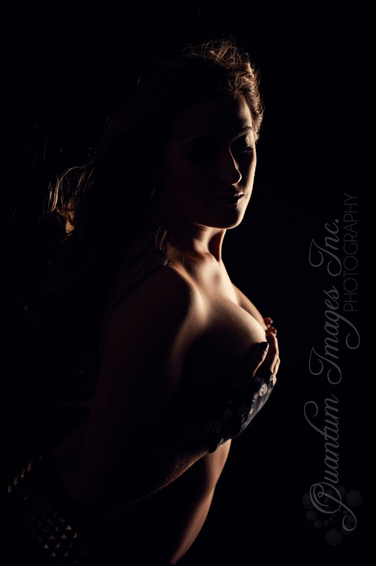 Dramatic & sexy Nude photography & boudoir artist Quantum Images Inc located in the lower mainland