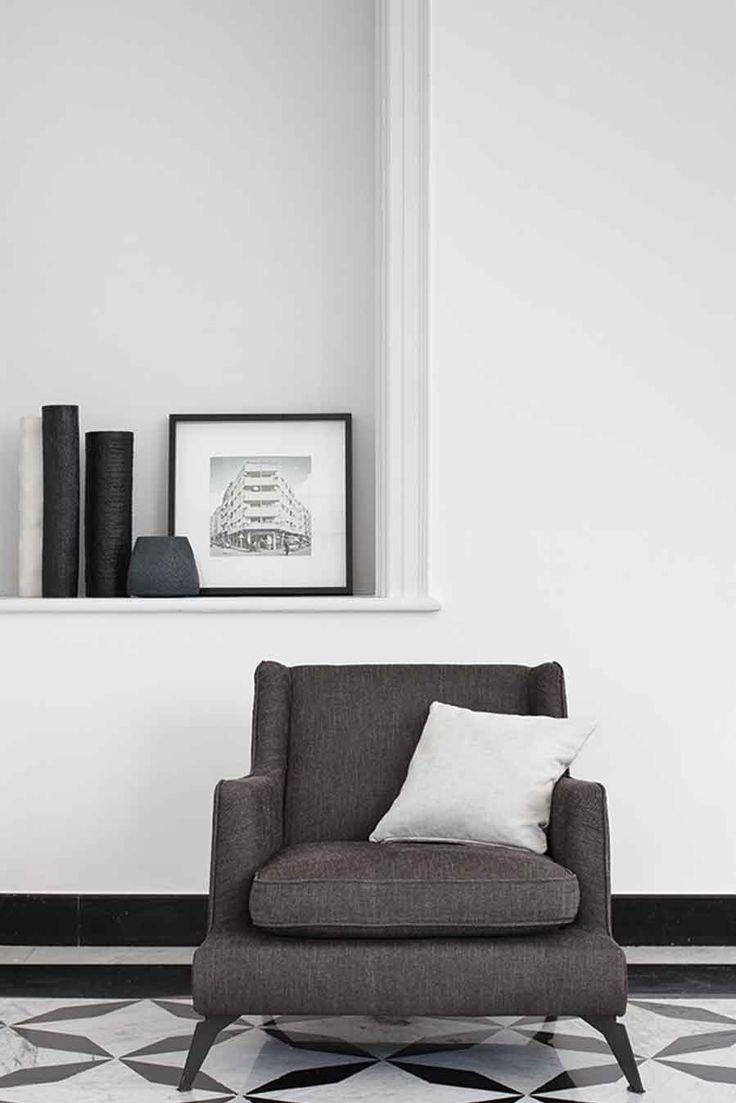 680 CLASS ARMCHAIR - To purchase these items contact RADform at +1 (416) 955-8282 or info@radform.com #modernfurniture #contemporarydesign #interiordesign #modern #furnituredesign #radform #architecture #luxury #homedecor