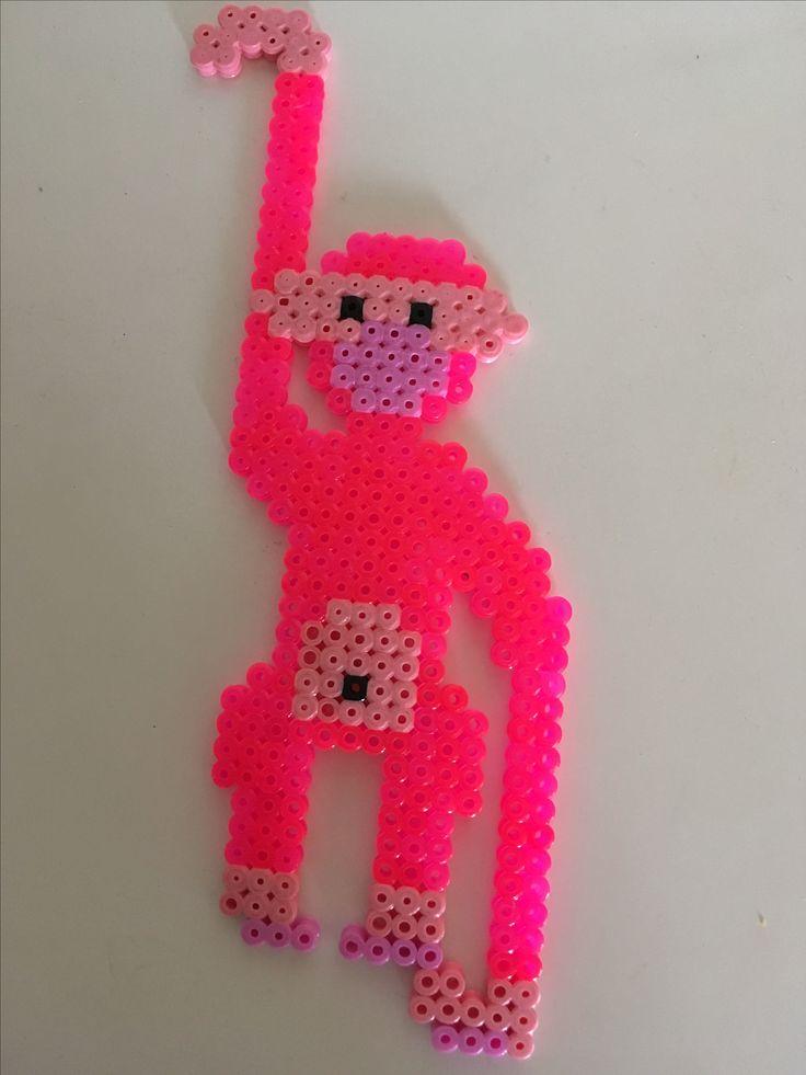 Kaj Bojesen abe i lyserød farve, lavet ud af perler.