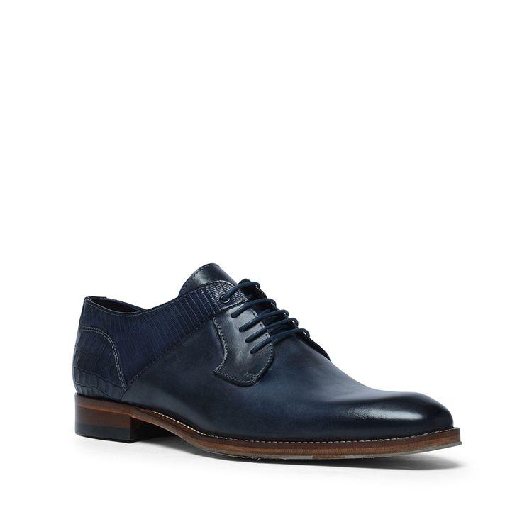 Blauwe veterschoenen met snakeskin detail  Description: Maak uw outfit compleet met deze blauwe veterschoenen van het merk Manfield. De schoenen zijn geheel van leer gemaakt wat de schoenen een luxe uitstraling geeftén de schoenen zitten daardoor erg comfortabel. Bijzonder aan dit model is het snakeskin patroon op de hiel. De maat valt normaal.  Price: 83.99  Meer informatie  #manfield