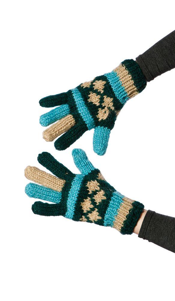 Яркие и тёплые перчатки из непальской шерсти. nepal wool gloves 670 рублей http://indiastyle.ru/products/teplye-perchatki-raznocvetnye-3162